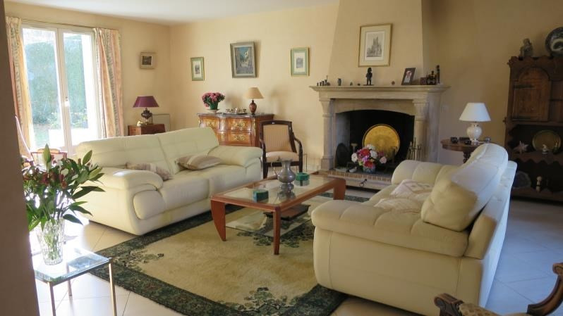 Revenda residencial de prestígio casa Louveciennes 1050000€ - Fotografia 3