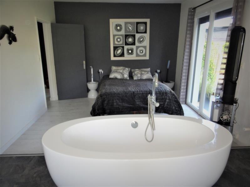 Vente maison / villa Cadillac 363500€ - Photo 9