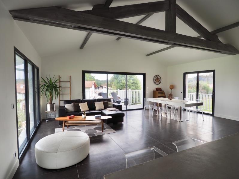 Deluxe sale house / villa Bidart 734580€ - Picture 1