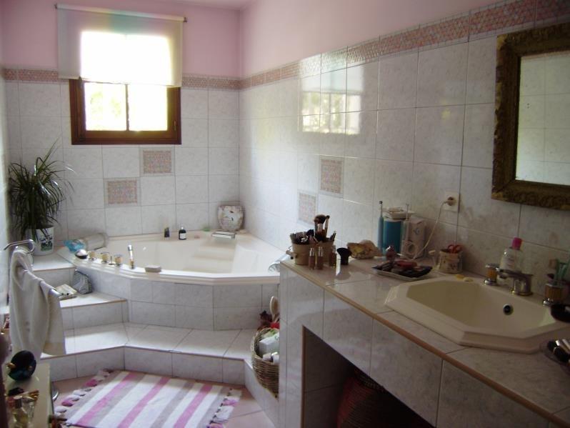 Deluxe sale house / villa Salon de provence 574000€ - Picture 8
