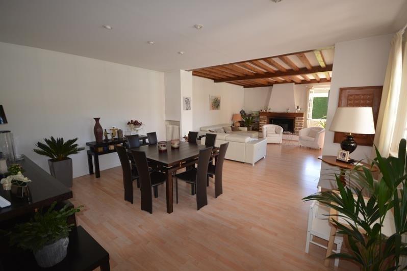 Sale house / villa St romain de jalionas 450000€ - Picture 3