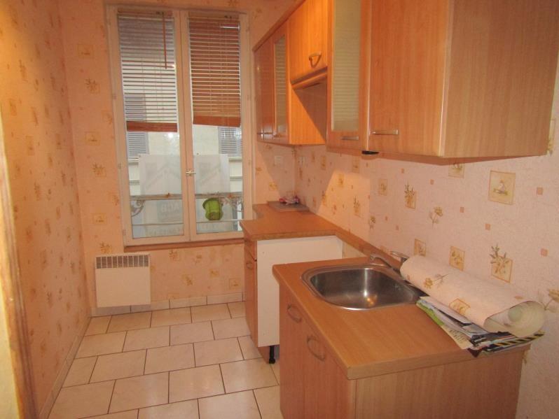 Sale apartment Noailles 89320€ - Picture 2