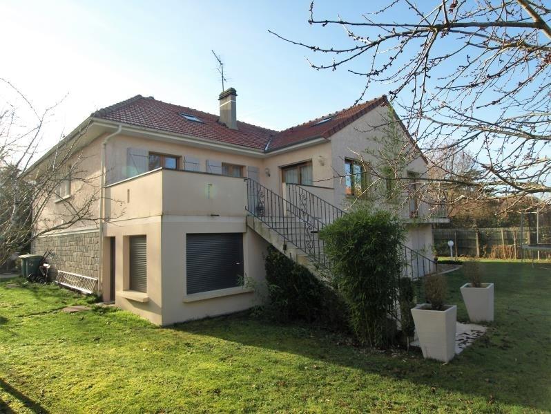 Sale house / villa Montfort l amaury 698000€ - Picture 2