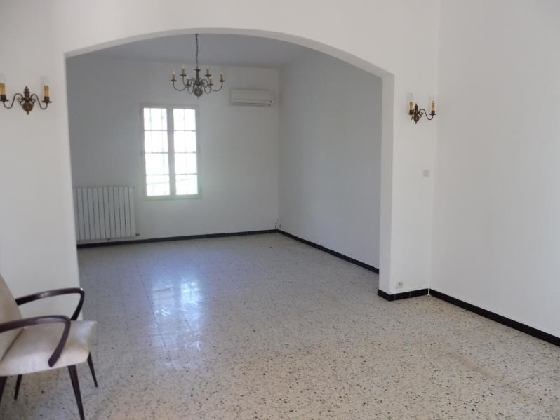 Location maison / villa Lunel -viel 900€ CC - Photo 4