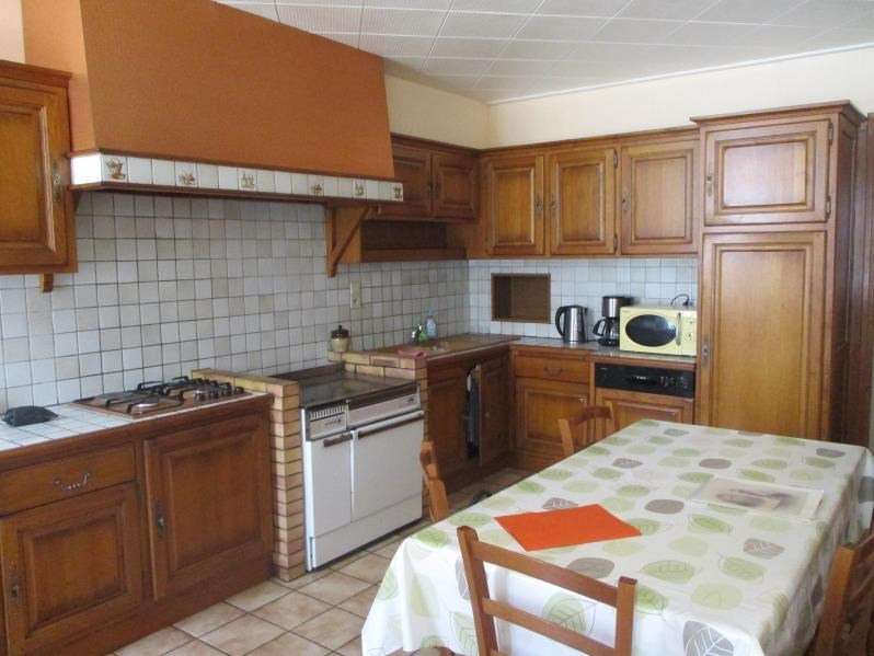 Sale house / villa Chevillard 149 900€ - Picture 2