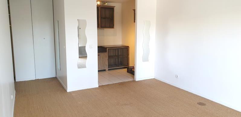 Sale apartment La garenne colombes 325000€ - Picture 2