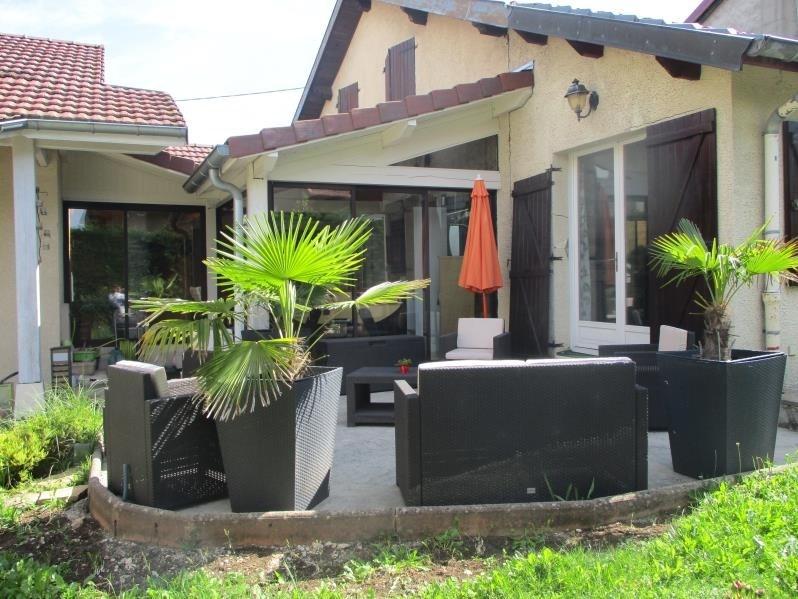 Sale house / villa Oyonnax 260000€ - Picture 1