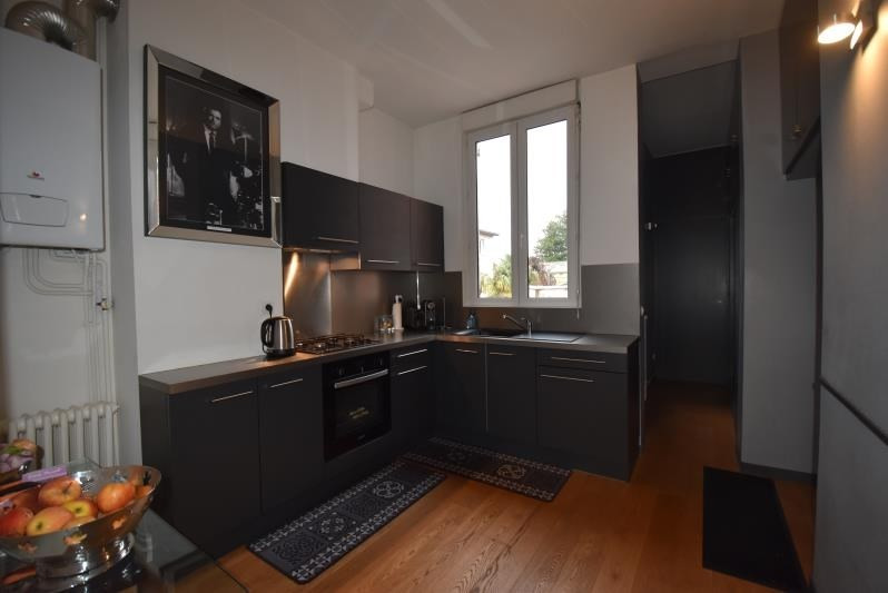 Deluxe sale apartment Bordeaux 685 000€ - Picture 7