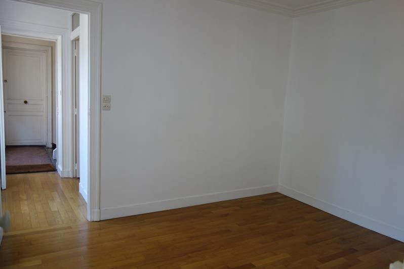 Location appartement Versailles 895€ CC - Photo 1