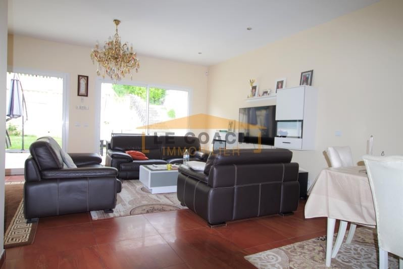 Sale house / villa Montfermeil 545000€ - Picture 1