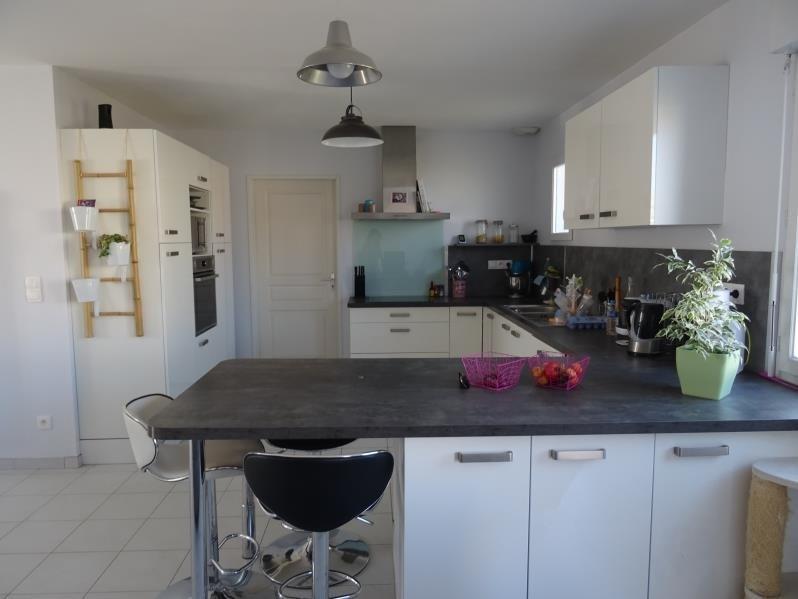 Sale house / villa St andre les vergers 210000€ - Picture 2