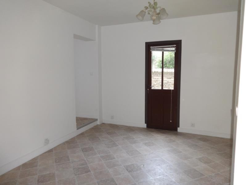 Location appartement La roche guyon 499€ CC - Photo 1