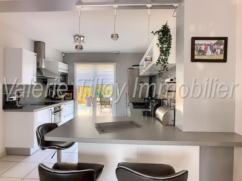 Sale house / villa Bruz 362 250€ - Picture 6