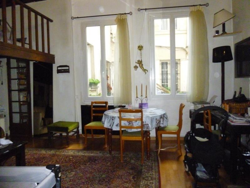 Sale apartment Paris 3ème 442000€ - Picture 2