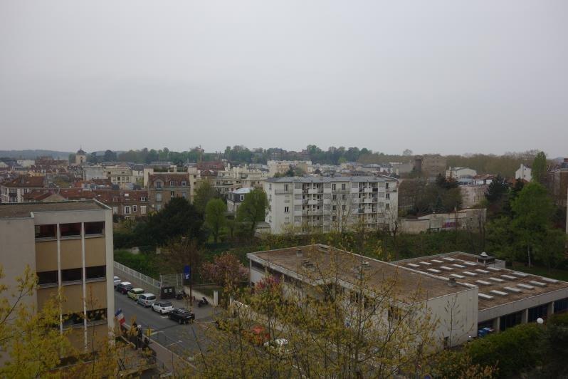 Sale apartment Versailles 525000€ - Picture 2