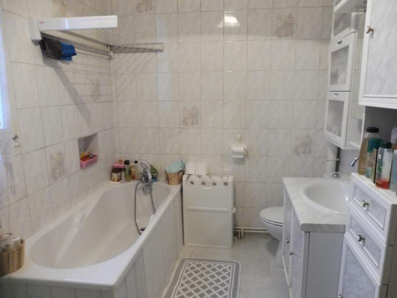 Sale house / villa Villemomble 449000€ - Picture 9