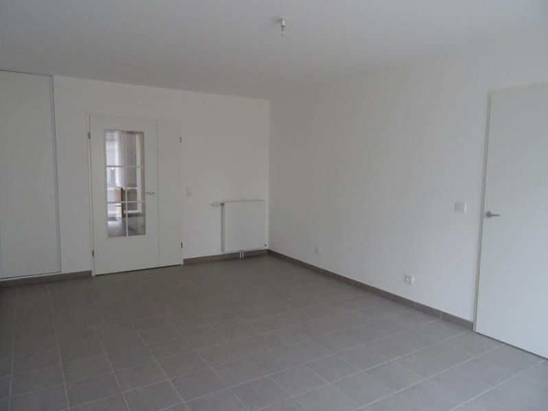 Location maison / villa Aubervilliers 1 366€ CC - Photo 2