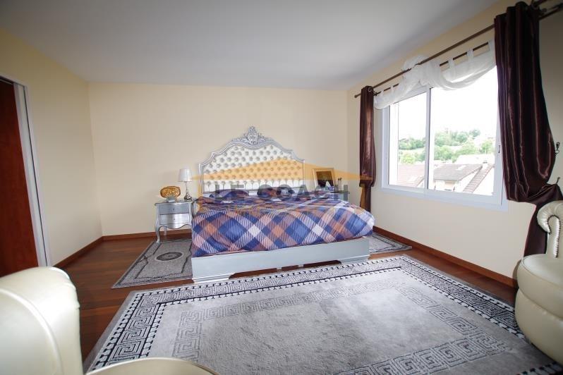 Sale house / villa Montfermeil 545000€ - Picture 6