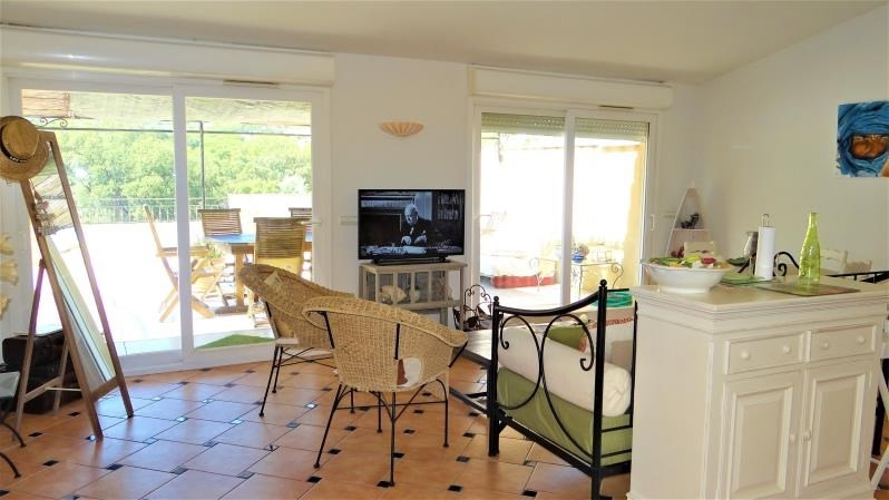 Sale apartment Cavalaire sur mer 449 000€ - Picture 2