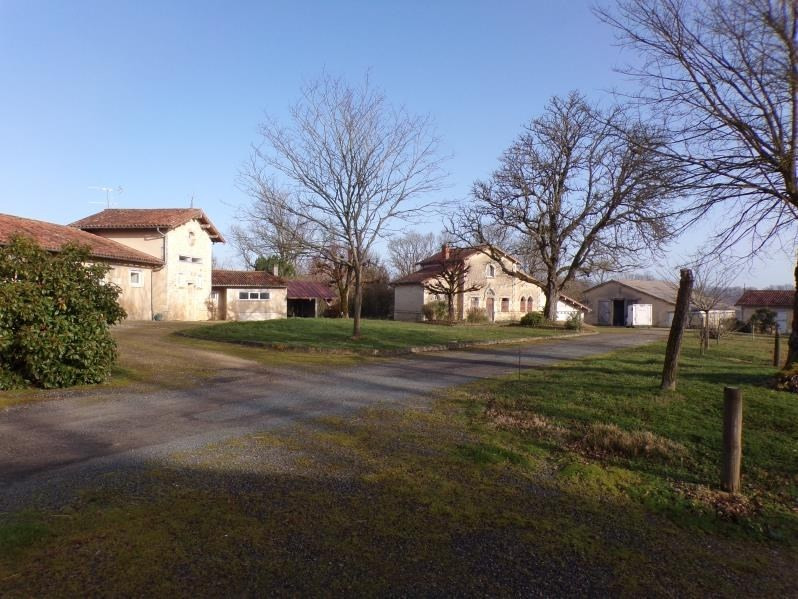 Vente de prestige maison / villa Lavausseau 620000€ - Photo 1