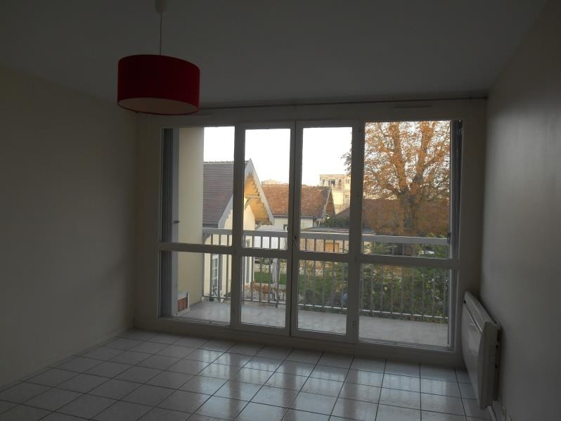 Rental apartment Troyes 550€ CC - Picture 3