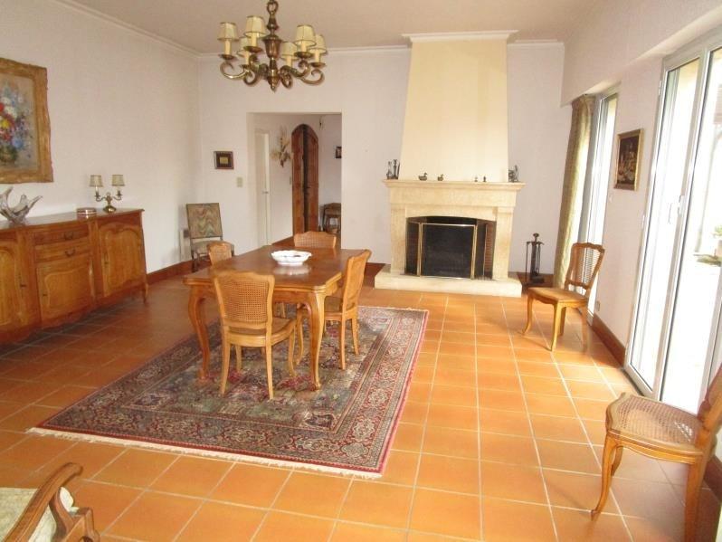 Sale house / villa Montpon menesterol 254000€ - Picture 2