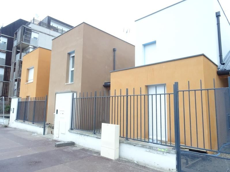 Location maison / villa Bondy 1410€ CC - Photo 1