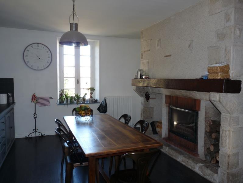 Sale house / villa Laplume 315000€ - Picture 3