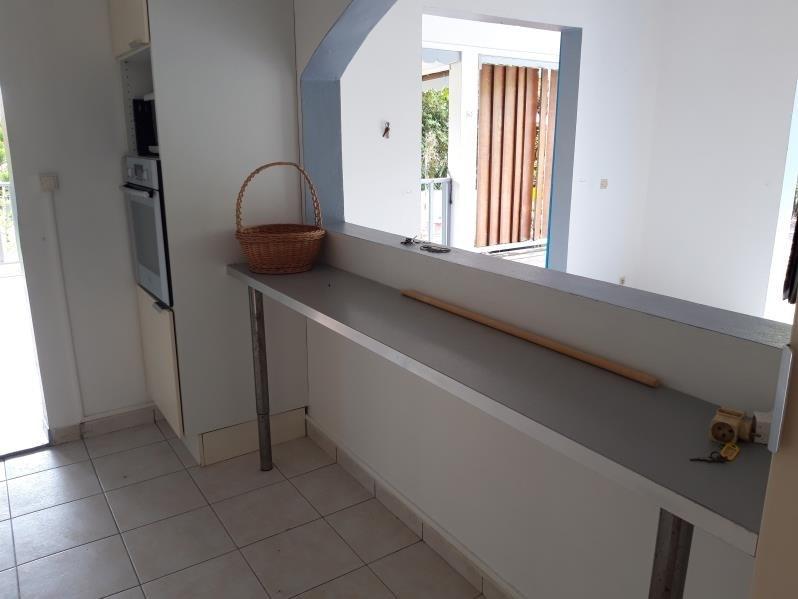 Location maison / villa Ste anne 1300€ CC - Photo 6