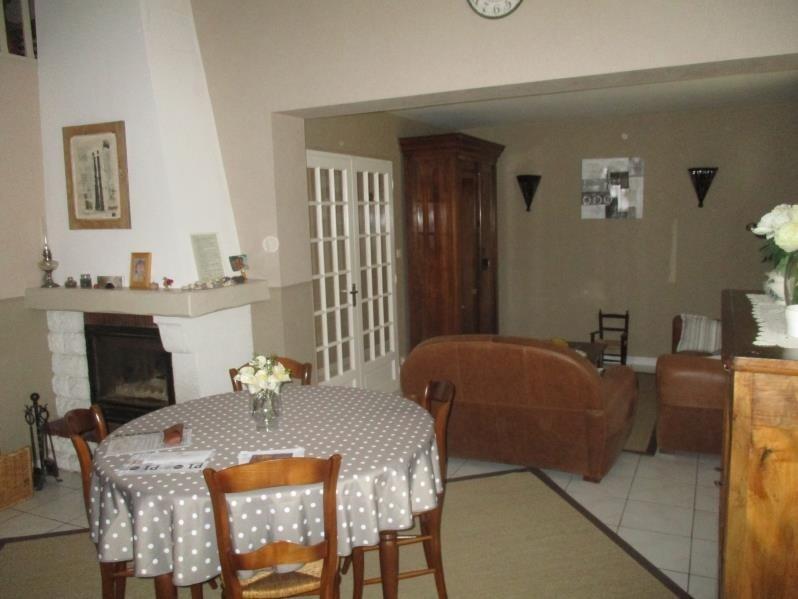 Vente maison / villa St symphorien 231000€ - Photo 5