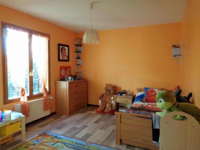 Sale house / villa Forges les bains 575000€ - Picture 7