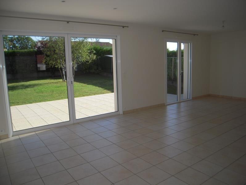 Rental house / villa Mouilleron le captif 660€ CC - Picture 3