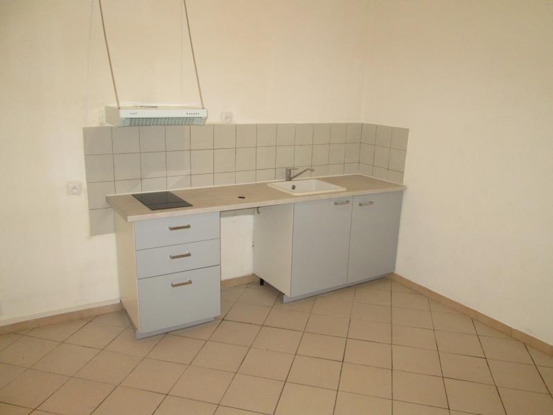 Location appartement Sete 382€ CC - Photo 1