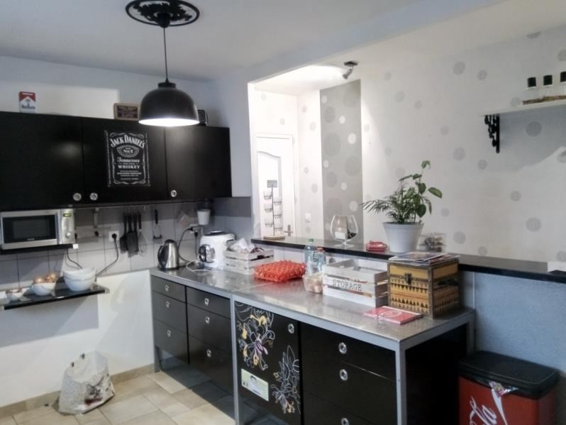 Sale house / villa Voivres les le mans 280500€ - Picture 2