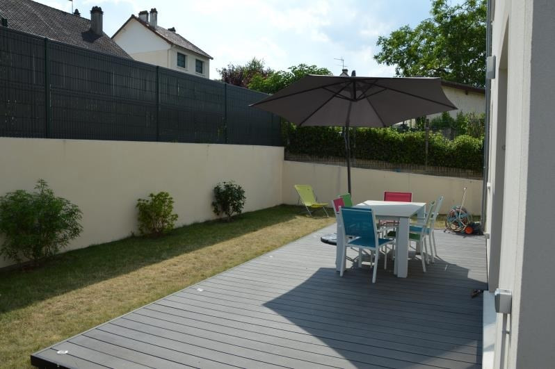 Sale house / villa Verneuil sur seine 499000€ - Picture 2