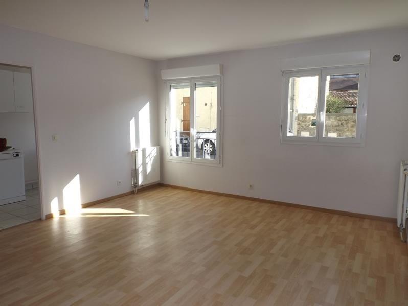 Rental apartment Lamorlaye 620€ CC - Picture 1