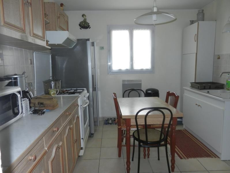 Sale house / villa Forges 241 900€ - Picture 3