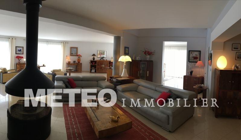 Deluxe sale house / villa Lucon 515000€ - Picture 2