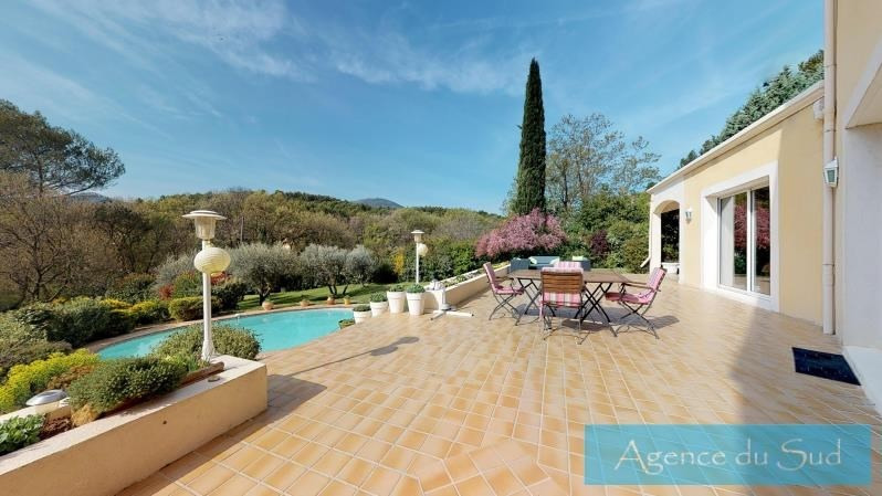 Vente de prestige maison / villa Greasque 880 000€ - Photo 2