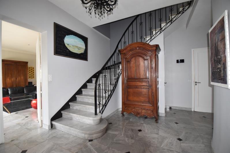 Deluxe sale house / villa Cauderan 997500€ - Picture 1