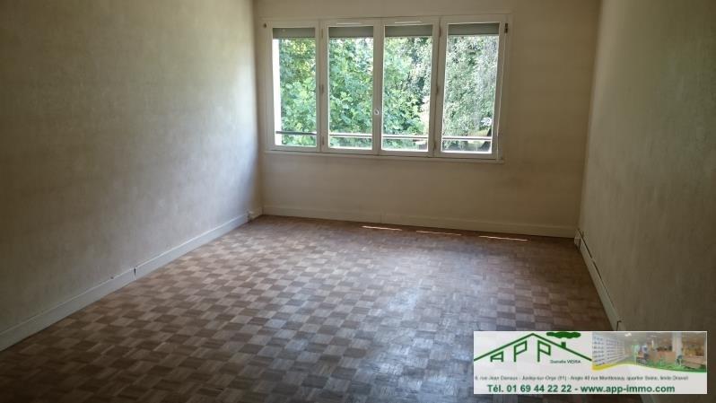 Rental apartment Brunoy 899€ CC - Picture 2