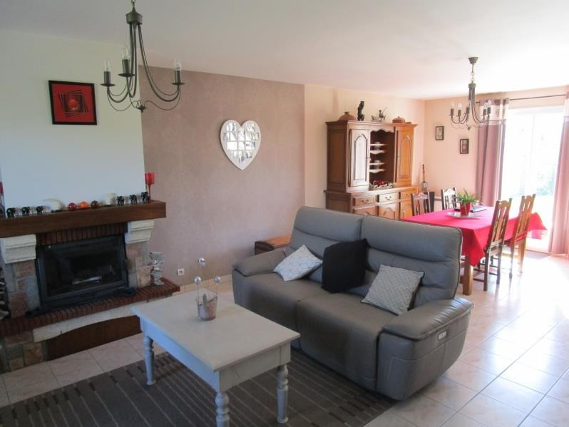 Vente maison / villa Azay le brule 176800€ - Photo 3