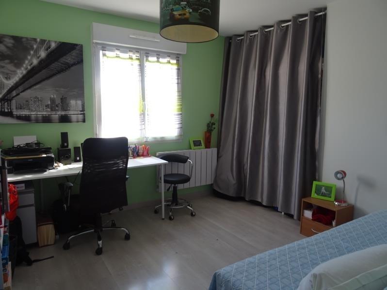 Sale house / villa St andre les vergers 210000€ - Picture 6