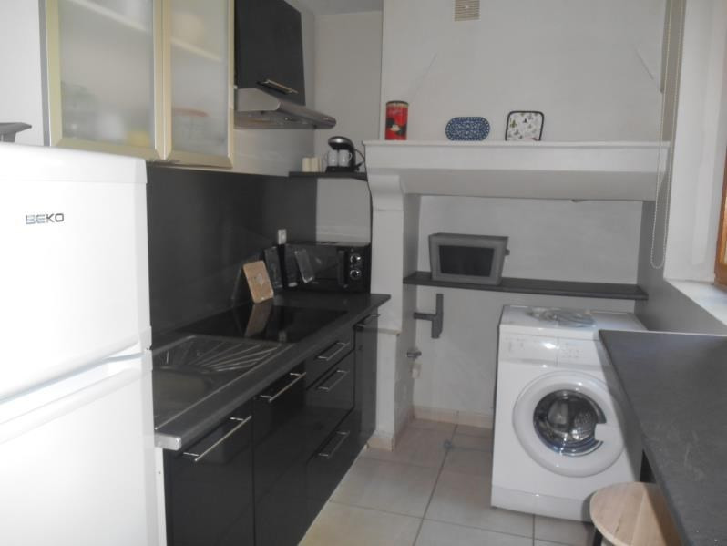 Location appartement Troyes 440€ CC - Photo 3