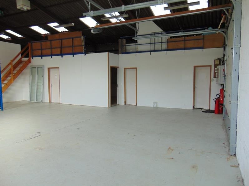 Location local commercial Cholet 700€ HT/HC - Photo 3