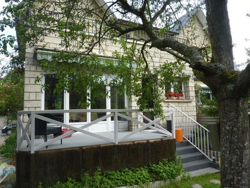 Sale house / villa Le mesnil le roi 682500€ - Picture 3
