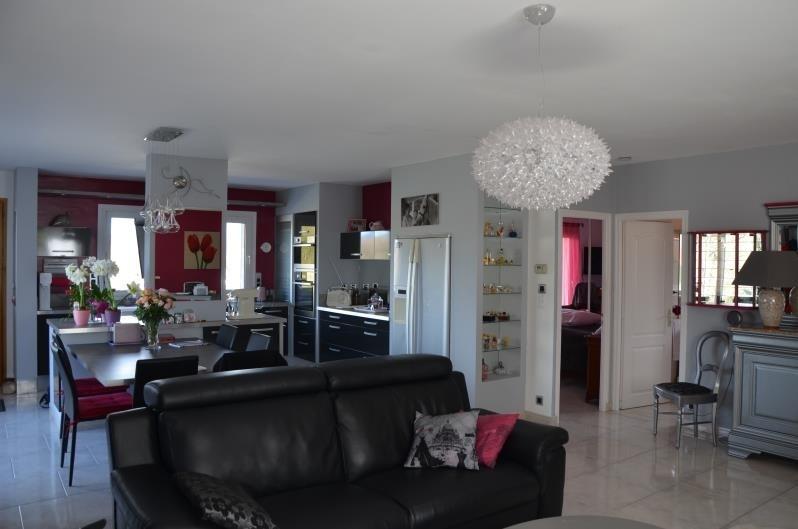 Vente maison / villa Ruoms 340000€ - Photo 6