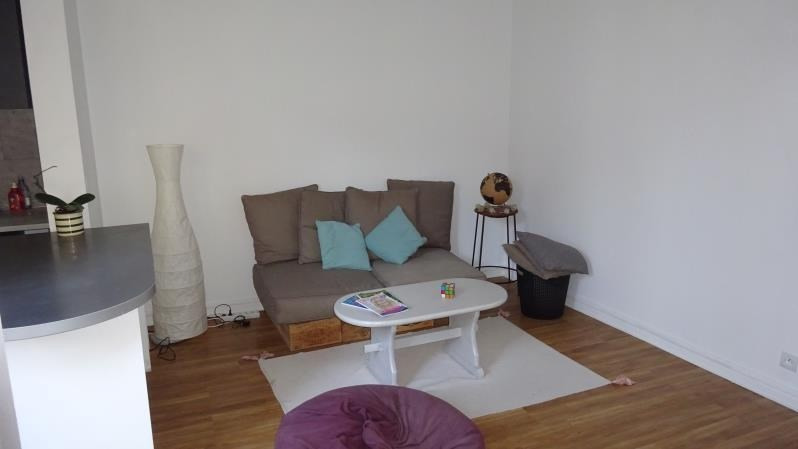 Sale apartment Colombes 263500€ - Picture 2