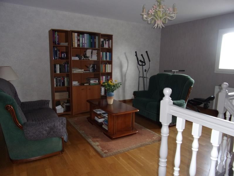 Vente maison / villa Domagne 322400€ - Photo 6