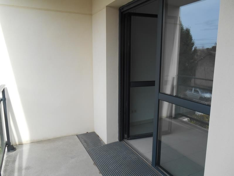 Location appartement Troyes 560€ CC - Photo 3
